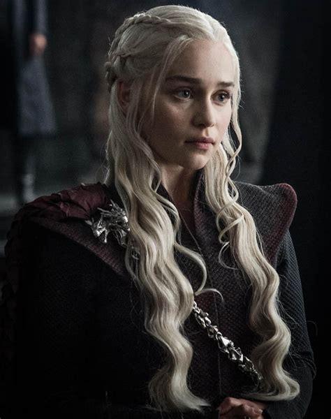 imagenes hot de game of thrones game of thrones season 7 emilia clarke reveals how dragon