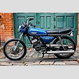 Yamaha R1 Bike | 3888 x 2592 jpeg 1024kB