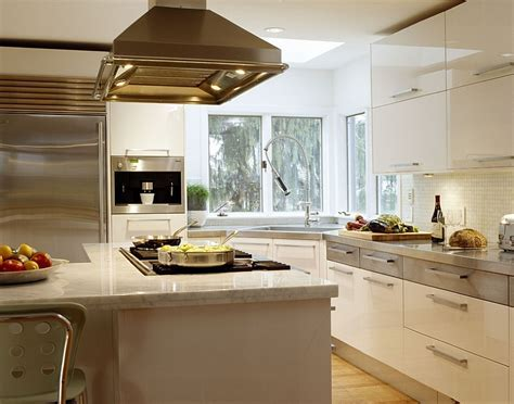 Kitchen Corner Decorating Ideas, Tips, Space Saving Solutions