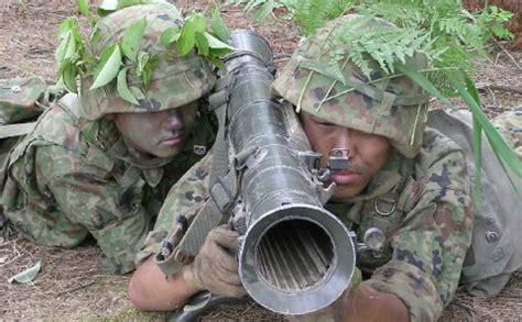 カールグスタフM2無反動砲 : 110mm個人携帯対戦車弾(パンツァーファウスト3対戦車ロケット弾)とは ...