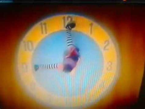 Big Comfy Clock Rug by Big Comfy Clock Rug Stretch 3 With The Clock Rug