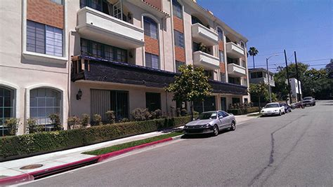 Apartment Maintenance In Los Angeles Ca Stucco Repair Waterproofing Refinishing Waterproof