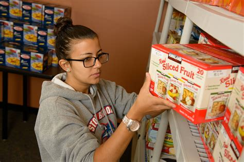 Sbu Food Pantry by 30 Stony Brook Food Pantry 31 Days Of