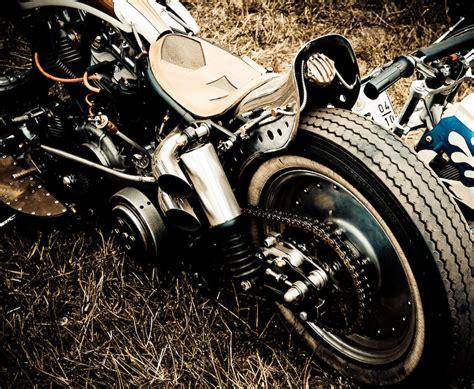 Fender Spakbor Belakang Ducktail Chopper Bobber custom panhead seen at bottrop kustom kulture show helmet hair motorcycle
