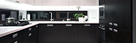 Closed Kitchen Design Open Vs Closed Kitchen Designs Kitchen Design Centre