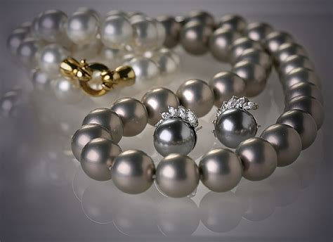 Jewelry Photography by Jewellery Photography Split Focus Jewelry Photography T