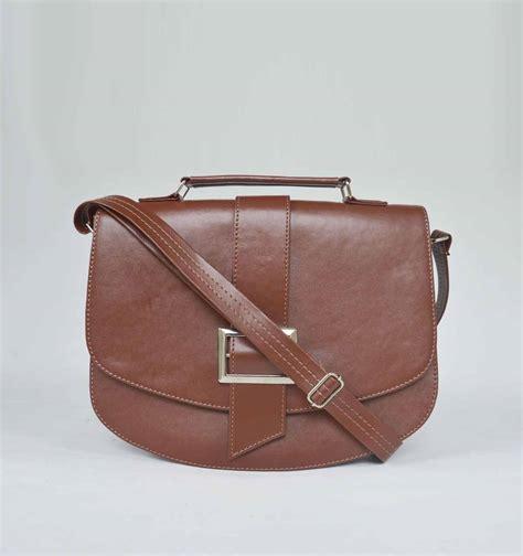 tas selempang koleksi tas wanita