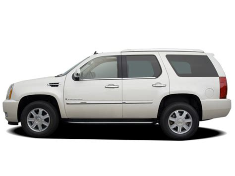 how to take a 2008 cadillac escalade tire off 2008 cadillac escalade reviews and rating motor trend