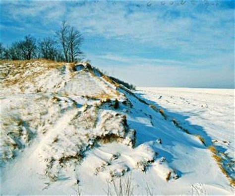 reasons  visit lake michigan  winter midwest living