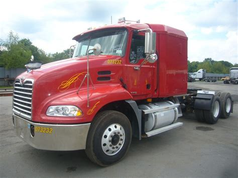 Mack Sleeper Cab For Sale by 2007 Mack Cxn613 Tandem Axle Sleeper Cab Tractor For Sale