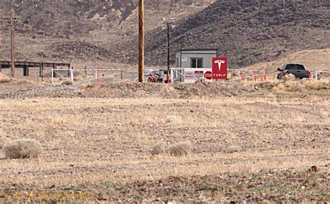Tesla Gigafactory Nevada Tesla Gigafactory New Photos Show Progress On Battery