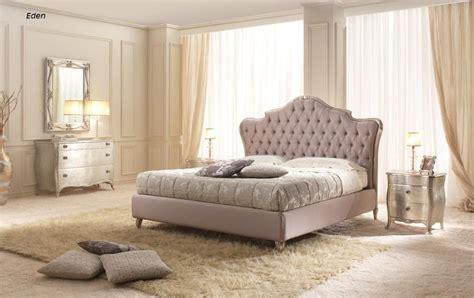 letto classico letto classico con box contenitore intagliato a mano