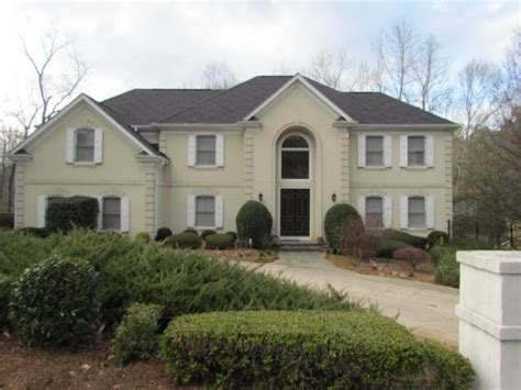 8440 valemont drive atlanta 30350 foreclosed home
