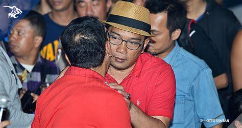 Kaos Pria Piala Presiden Persib persib bandung berita simamaung 187 batal ke