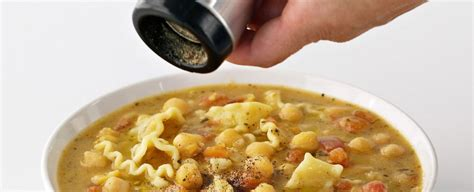 cucinare pasta e ceci come cucinare la pasta e ceci sale pepe