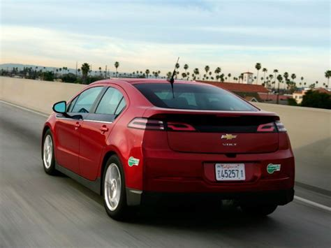10 used cars with high mpg autobytel