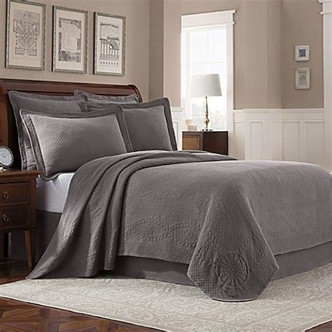 Bed Bath And Beyond Williamsburg by Williamsburg Abby Coverlet Bed Bath Beyond