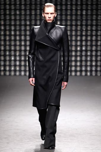 Gareth Pugh Hits The Shops In August by Coute Que Coute Gareth Pugh Autumn Winter 2011 12 S