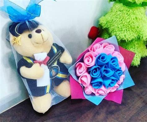 Bunga Flanel Nama Ukuran L Murah Lucu teddy dan bunga flanel wisuda ub kado wisudaku
