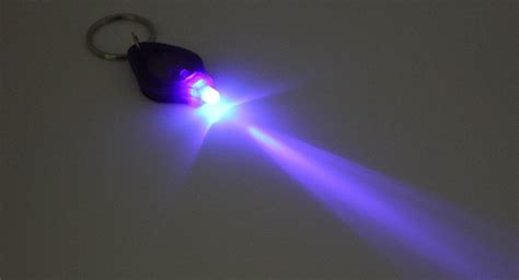 Ultraviolet Lights by 4 06 Uv Light Led Flashlight Keychains Purple 10 Pack