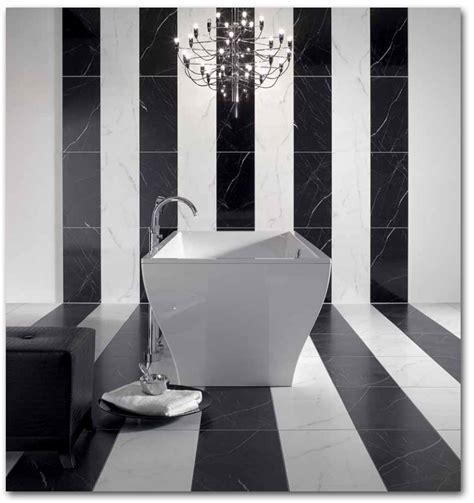 speicher ideen für winzige bäder badezimmer fliesen glanzend oder matt fliesen f 252 r das bad