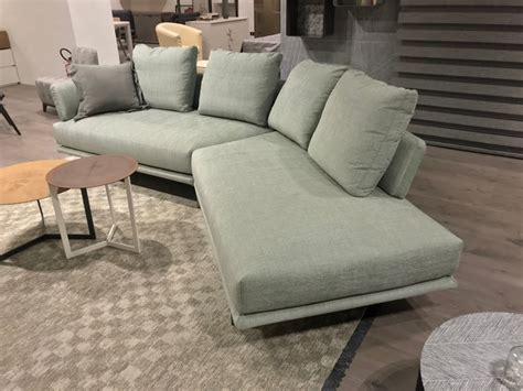saba divani prezzi divano quinta strada saba salotti prezzi outlet