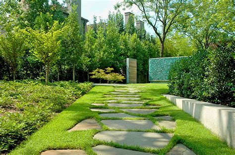 garden fence ideas home landscape design cool front yard landscaping design idea with pathways and high fence front yard