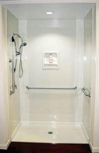 altersgerechte dusche 25 best ideas about disabled bathroom on