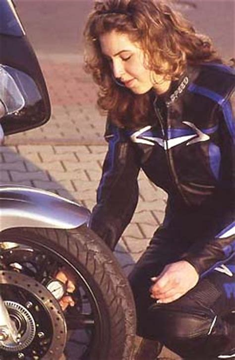 Motorrad Einfahren Wie Viel Km by Motorrad Tipps Quot Einfahren Quot Von Winni Scheibe