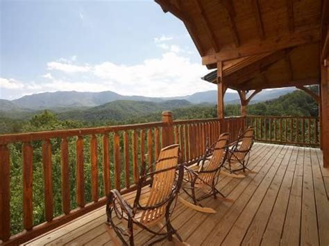 Smoky Mountain Cabins Gatlinburg Tennessee by Cabins Of The Smoky Mountains In Gatlinburg Tn Yellowbot