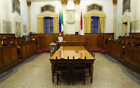 quanto guadagna un coadiutore d italia quanto guadagna un consigliere comunale notizie it