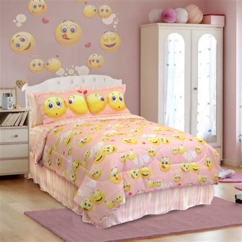 emoji bed veratex emoji bedding comforter set walmart com