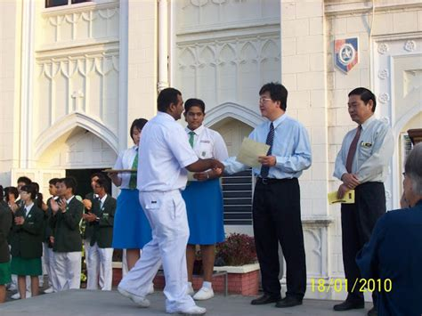 Ketua Kelas Bekas Cikgu Azhar Majlis Pelantikan Pemimpin Pelajar 2010 The