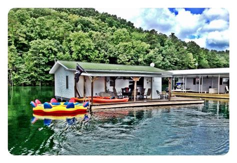 Floating Cabins In Tennessee by Charming Floating House On Norris Lake Vrbo