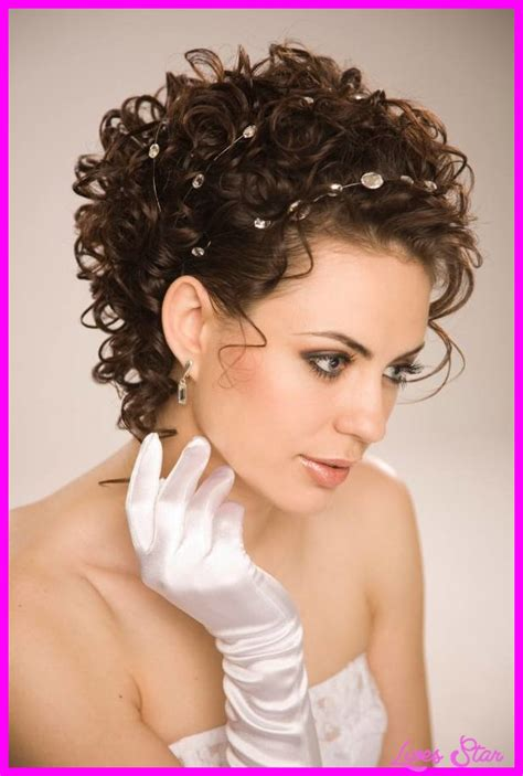 hairstyles curly short very short haircuts for wavy hair livesstar com