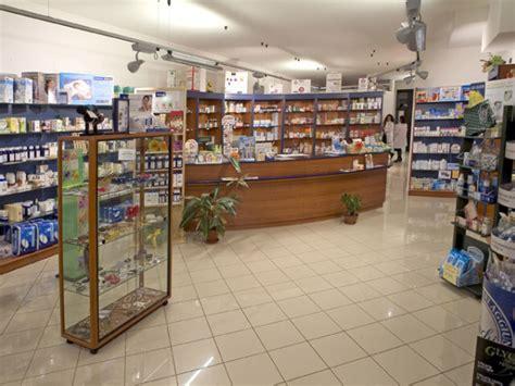 negozi arredamento rimini negozi arredamento rimini di arredamenti per negozi e