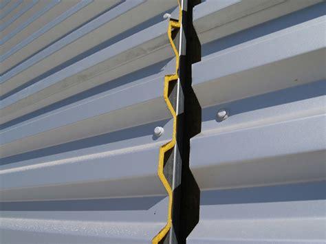 tettoia coibentata pannello metallico coibentato per copertura tek 28 alubel