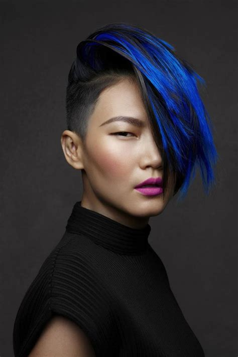 blue hair gorgeous blue hair highlights best hair color trends