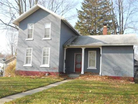houses for sale adrian mi 303 n mckenzie st adrian michigan 49221 reo home details foreclosure homes free