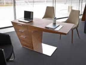 Quality Desk Accessories Modern Porto Lujo Pegasus Study Desk In Walnut