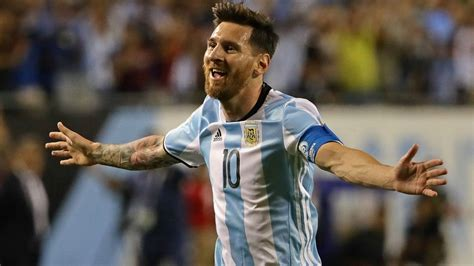 biography of player messi lionel messi biography of legendary leo messi sitesmatrix
