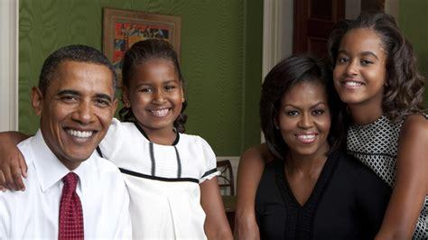 sasha and malia bedrooms in white house photos malia and sasha obama through their years in the white house story wttg