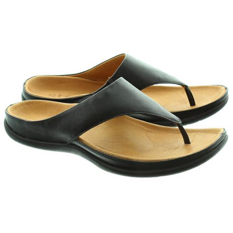 footwear shoes strive footwear toe post sandal in black in black