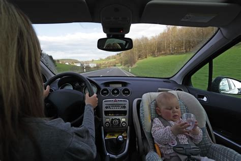 Kinder Vorne Im Auto Kindersitz by Kindersitz Test 2013 Litia De