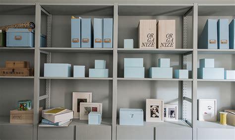 ikea mensole libreria 4 idee per trasformare i mobili ikea pi 249 classici casafacile