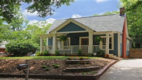 Bungalow House Plans With Front Porch by Bungalow With Front Porch Hip Roof Bungalow House Plans