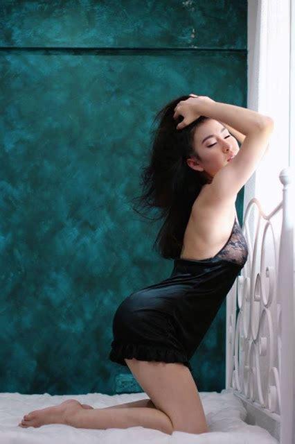 foto cewek cewek model hot  seksi zumaqq agen bandarq domino  bandar poker