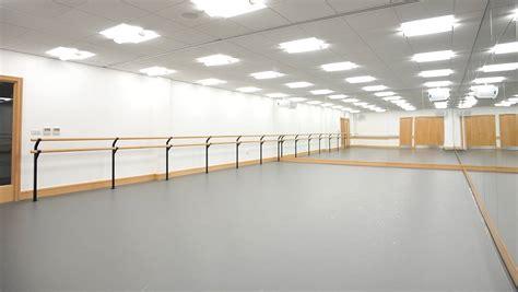 Gallery for gt empty ballet studio