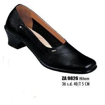 Ready Murah Sepatu Kulit Pantofel Hitam Heiden Shoes Plaintoe Derby sepatu pantofel wanita za 9826 sepatu sandal