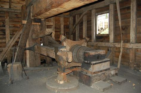 bobblehead at saugus iron works 190 best images about power hammers on
